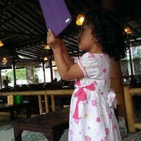 Foto scattata a Lombok Galak da Aldi S. il 1/1/2014