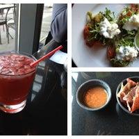 รูปภาพถ่ายที่ Salsa & Agave Mexican Grill โดย Sue T. เมื่อ 3/23/2013