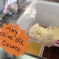 6/25/2013에 Colleen L.님이 Pesso's Ices & Ice Cream에서 찍은 사진