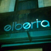 7/11/2013 tarihinde Sherina D.ziyaretçi tarafından Elberta Restaurant and Bar'de çekilen fotoğraf