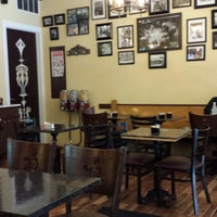 Foto scattata a Cafe'tal Social Club da Calle B. il 6/8/2013