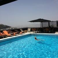 รูปภาพถ่ายที่ President Hotel Athens โดย mamanolo 🏊🏻♀️💦💧 เมื่อ 5/19/2013