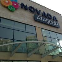 Das Foto wurde bei Novada Ataşehir von Ömer K. am 8/17/2013 aufgenommen