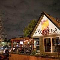 รูปภาพถ่ายที่ Hacienda on Henderson โดย Hacienda on Henderson เมื่อ 9/16/2013