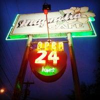 Foto tomada en Magnolia Cafe por Joel el 12/24/2012
