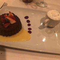 Foto scattata a Ruth's Chris Steak House - Clayton, MO da Abou K. il 1/25/2019