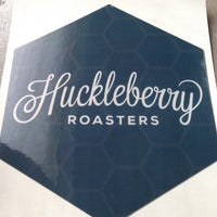 Photo prise au Huckleberry Roasters par Drew F. le1/4/2014
