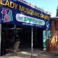 Das Foto wurde bei Lady Musgrave Cruises von Bandy M. am 8/31/2013 aufgenommen