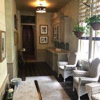 Das Foto wurde bei Wentworth Mansion von Chris S. am 10/8/2018 aufgenommen
