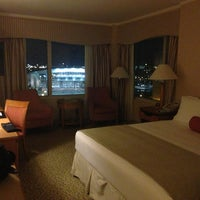 Foto scattata a Seaport Hotel & World Trade Center da Dawn H. il 3/8/2013
