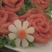 Foto tirada no(a) Zettai - Japanese Cuisine por Gisele C. em 3/8/2013