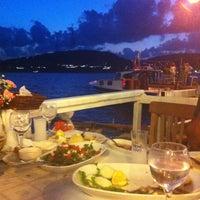 Photo prise au Altın Balık Restaurant par Gülce A. le8/10/2013