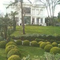 Foto tomada en Sakıp Sabancı Müzesi por Hatice T. el 3/8/2013
