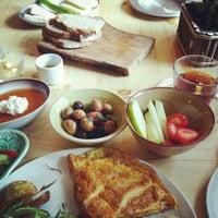 Foto tomada en Naan Bake&Shop por Şule D. el 10/29/2014