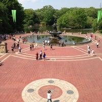 Foto scattata a Bethesda Fountain da Fabio W. il 5/21/2013