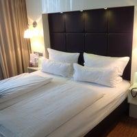 Das Foto wurde bei Hotel Santo von Hans N. am 10/23/2013 aufgenommen