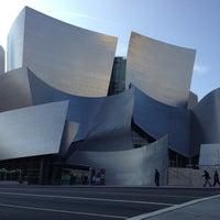 Foto scattata a Walt Disney Concert Hall da Ramses A. il 11/2/2012