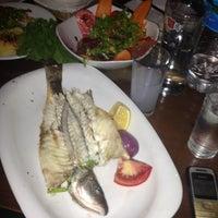 รูปภาพถ่ายที่ Galata Junior Restaurant โดย tuĞb@ E. เมื่อ 5/18/2013