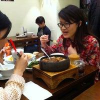 Foto diambil di Café TPT oleh Yu Lun C. pada 3/10/2013