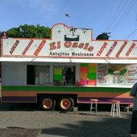 6/14/2014にKevin L.がEl Oasis Taco Truckで撮った写真