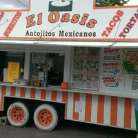 7/27/2013にKevin L.がEl Oasis Taco Truckで撮った写真