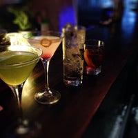 Das Foto wurde bei EL BARÓN - Café & Liquor Bar von Juan D. D. am 12/15/2013 aufgenommen