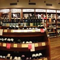 6/6/2013에 Gabriela A.님이 Astor Wines & Spirits에서 찍은 사진