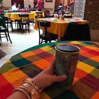 Das Foto wurde bei Hay Caramba! Restaurant and Cocktail Bar von Yutzil S. am 11/23/2016 aufgenommen