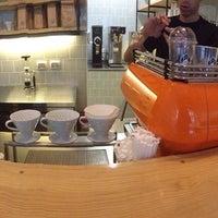 Foto tirada no(a) Fix Café por Ernesto P. em 11/20/2013