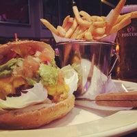 3/12/2013 tarihinde Hogan's P.ziyaretçi tarafından Hogan's Bar & Restaurant'de çekilen fotoğraf