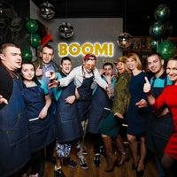 รูปภาพถ่ายที่ BOOM Bar โดย Boom B. เมื่อ 6/2/2018