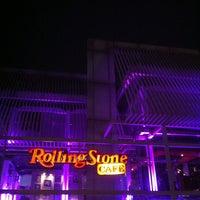 5/5/2013にRicky A.がRollingStone Cafeで撮った写真