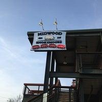 Foto tomada en Midwood Smokehouse por Andy P. el 4/8/2013