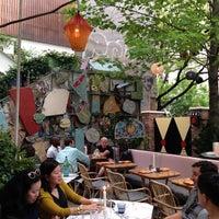 Das Foto wurde bei Narcissa von Restaurant Fairy am 5/25/2014 aufgenommen