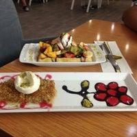 รูปภาพถ่ายที่ Marbella Restaurant & Bistro โดย Metin B. เมื่อ 7/21/2013