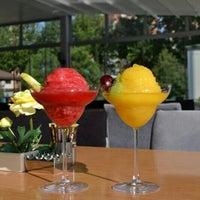 รูปภาพถ่ายที่ Marbella Restaurant & Bistro โดย Metin B. เมื่อ 7/29/2013