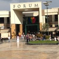 รูปภาพถ่ายที่ Forum İstanbul โดย Muhammet Yusuf K. เมื่อ 6/13/2013