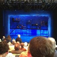 Foto tomada en 2econd Stage Theatre por Chelsea F. el 3/23/2013