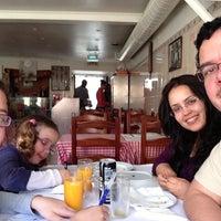 Снимок сделан в Restaurante Cantinho do Aziz пользователем Mauricio A. 3/30/2013