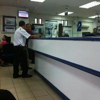 Foto scattata a Alliance Bank da Chrisentio A. P. il 9/9/2013