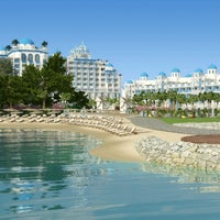 Das Foto wurde bei Rubi Platinum Spa Resort & Suites von Emine Y. am 9/16/2013 aufgenommen