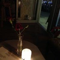 6/21/2013에 Yilu Z.님이 Shervin's Cafe에서 찍은 사진