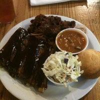 4/7/2013 tarihinde Jon H.ziyaretçi tarafından Smokin' Mo's BBQ'de çekilen fotoğraf