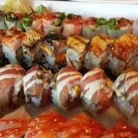 Foto diambil di HaChi Restaurant & Lounge oleh Jennifer K. pada 6/9/2013