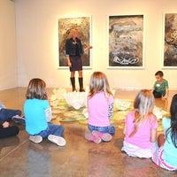 Das Foto wurde bei Oklahoma Contemporary von Erin O. am 10/25/2013 aufgenommen