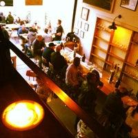 Foto tirada no(a) Bellwoods Brewery por Steph B. em 5/17/2013