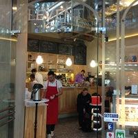 3/13/2013にBerna B.がLevent Kafeで撮った写真