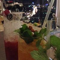 Foto scattata a Mercedes Bar da Ирина Б. il 10/12/2013