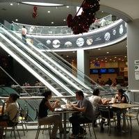 Снимок сделан в Shopping Center 3 пользователем Lauro Roger M. 11/11/2012