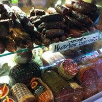 8/16/2011 tarihinde Brian K.ziyaretçi tarafından Monica's Mercato'de çekilen fotoğraf